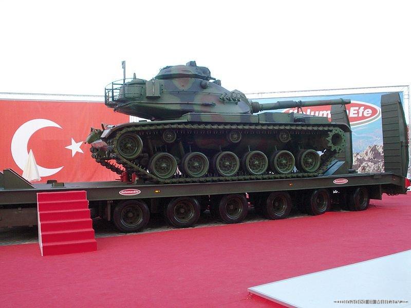 800px-M60_kzlsngr.JPG