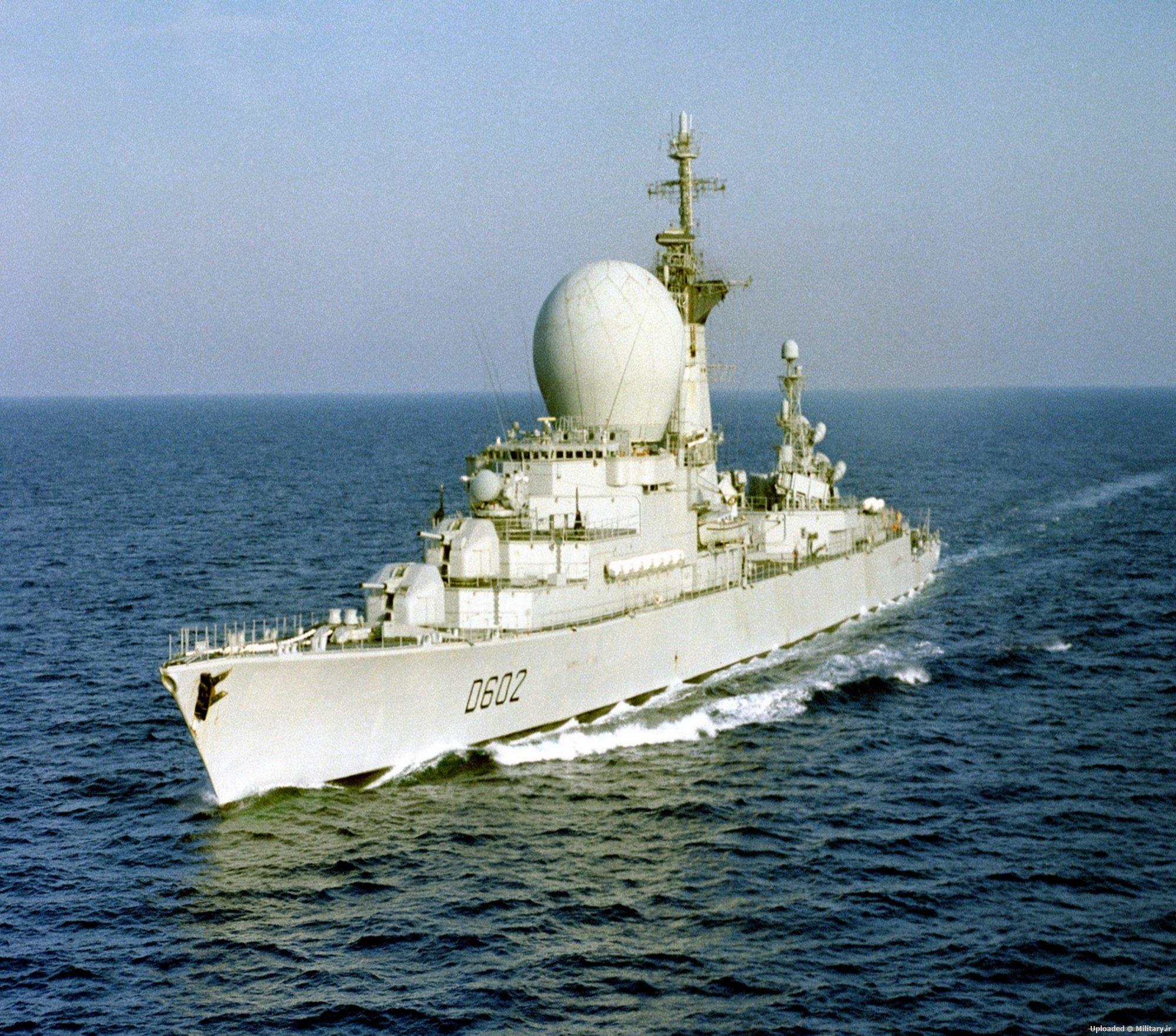 French_destroyer_Suffren_28D_60229_under