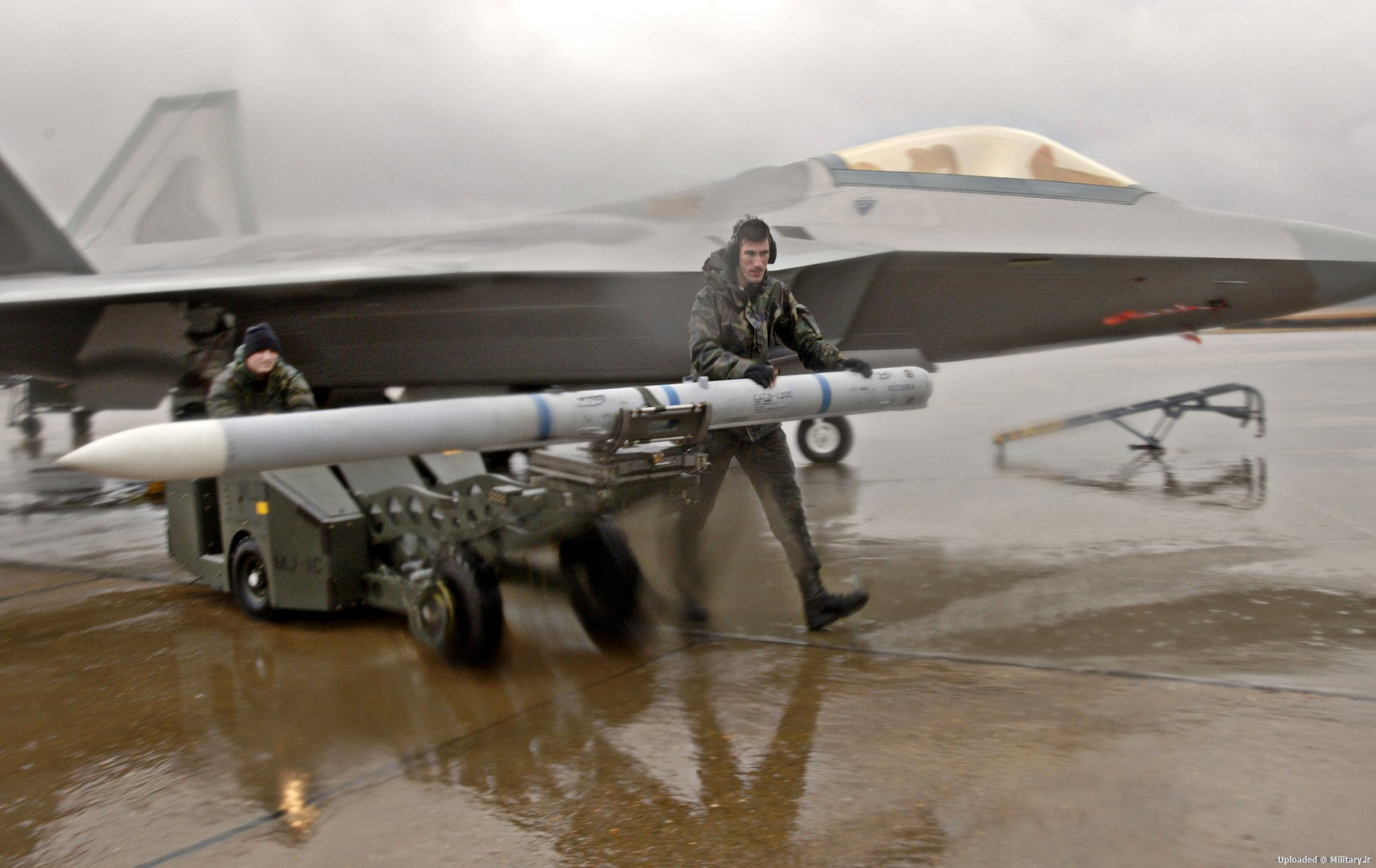 AIM-120D.JPG