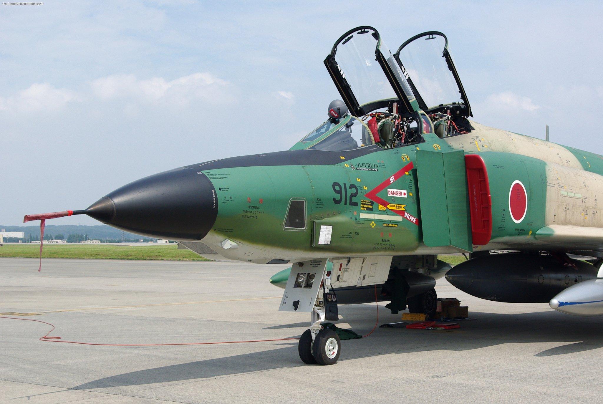 JASDF_RF-4E_20090822-04.JPG