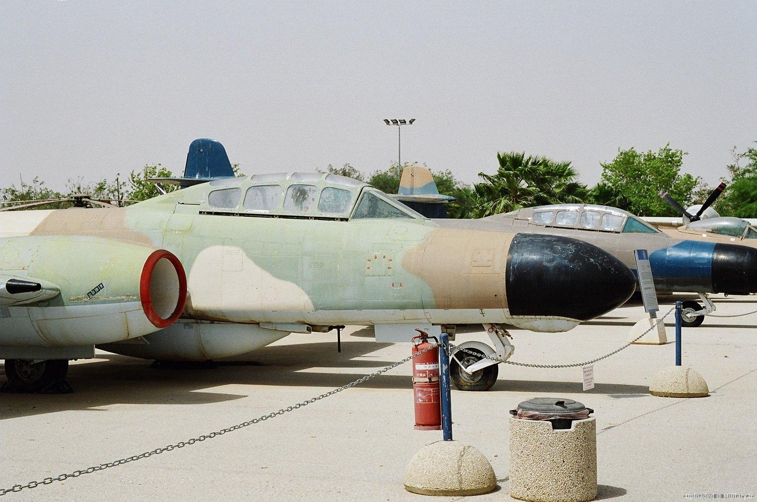Gloster_Meteor_NF13_Hatzerim.JPG