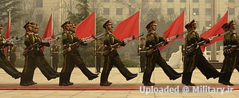 350px-Chinese_honor_guard_in_column_0703