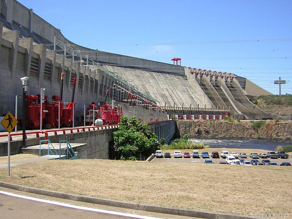 1024px-Guri_Dam_in_Venezuela.JPG